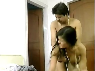 Pretty Indian Secretary Having Sex With Her Boss